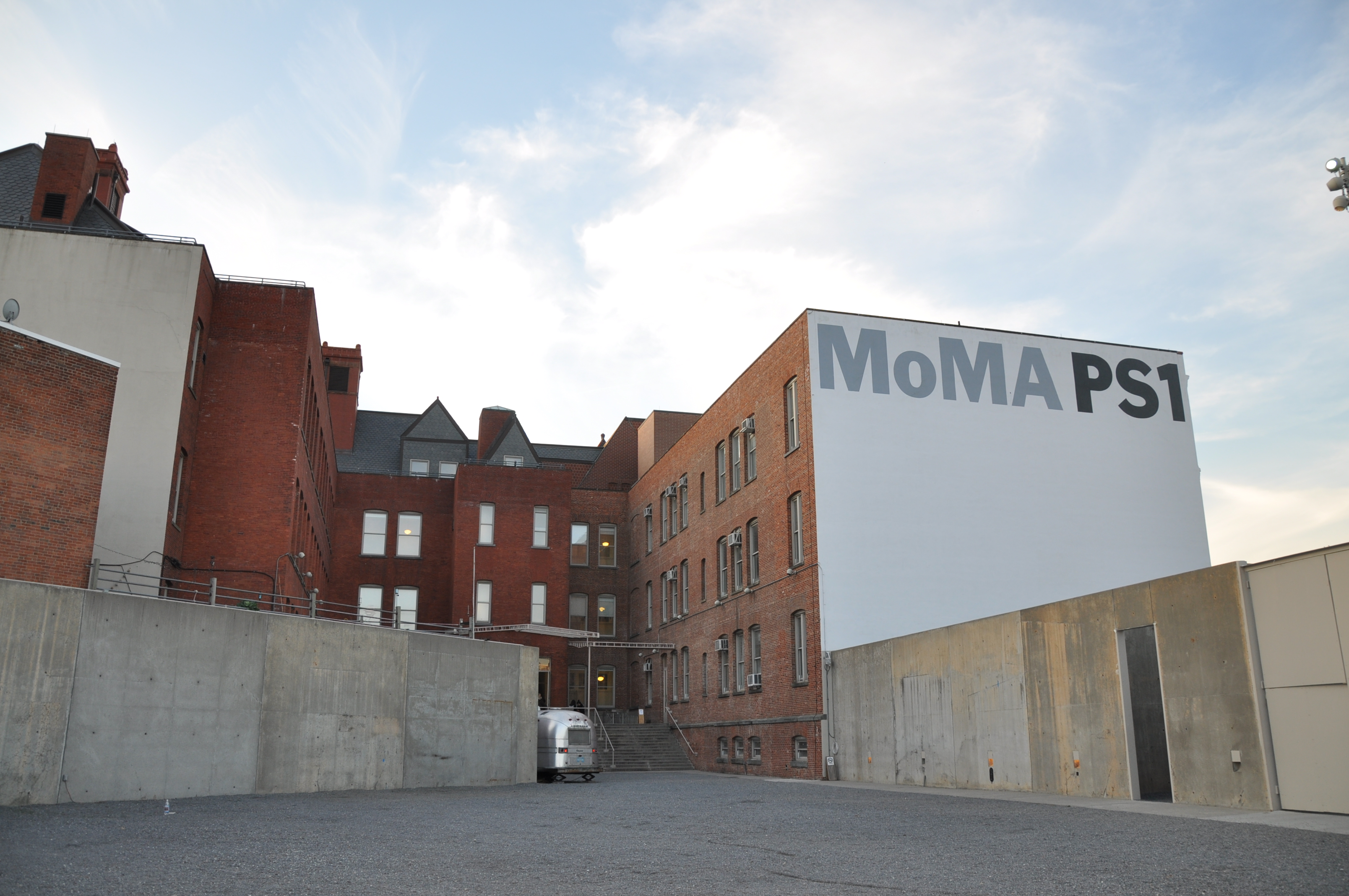 moma ps1 catherine sarah young. Black Bedroom Furniture Sets. Home Design Ideas