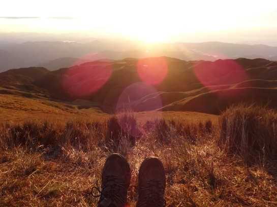 With the same hiking shoes I've used while hiking all of the mountains of Seoul
