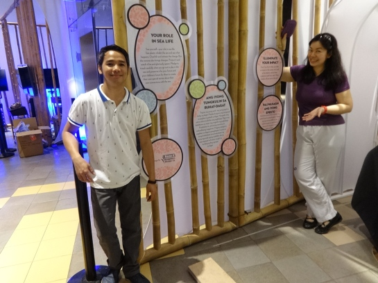 I did the visual design and Darwin Cayetano did the Filipino translations.