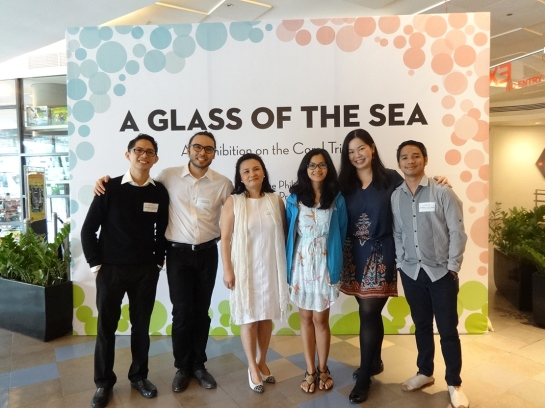 The core team of A Glass of the Sea: Bryant Cabantac, Cris Mora, Maribel Garcia, Carlie Dario, Catherine Young, Darwin Cayetano. Not in the photo: Dem Bitantes and Walter Wong.